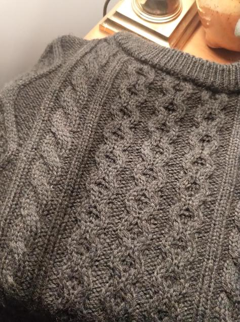 BLOGGED Green itchy jumper technique - 20190926_063509